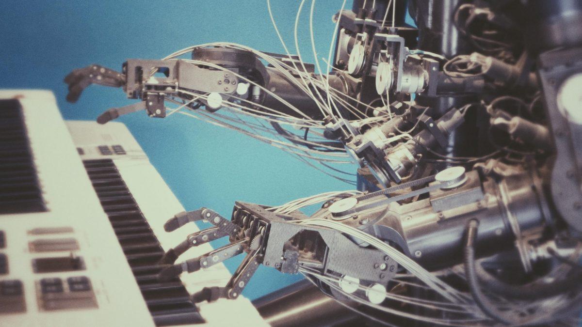 Robot appliquant une méthode de piano